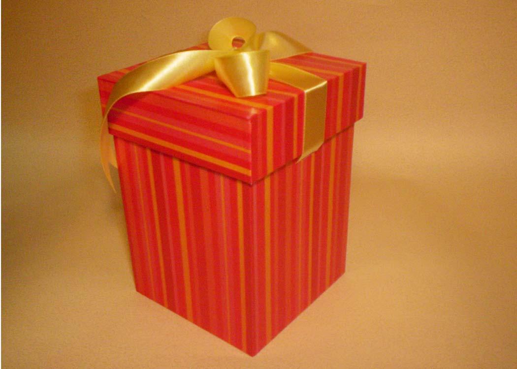 Коробки под подарки своими руками 3